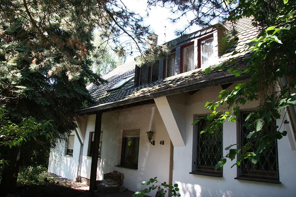 Freistehendes Haus auf traumhaften Grundstück